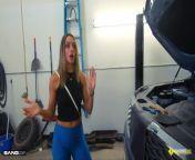 Roadside - Hot Mom Fucks Mechanic To Get Her Car Back from naagaha somalida ugu wasmada macan bbw six xxx fuck video com